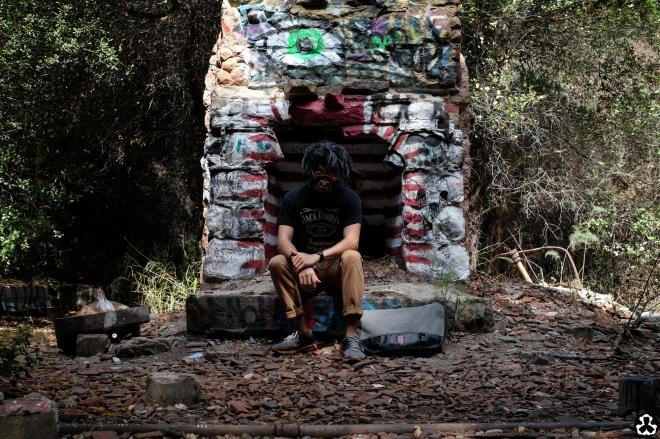 ape-is-dapper-los-angeles-nazi-yards-graffiti-10