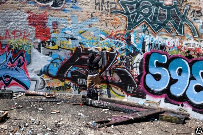 ape-is-dapper-los-angeles-nazi-yards-graffiti-18