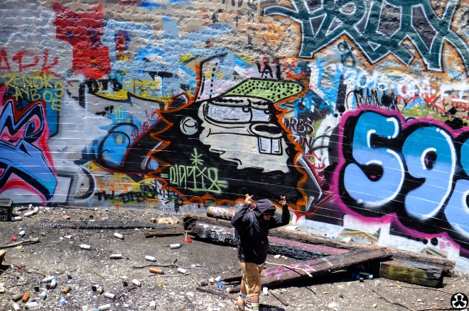 ape-is-dapper-los-angeles-nazi-yards-graffiti-20